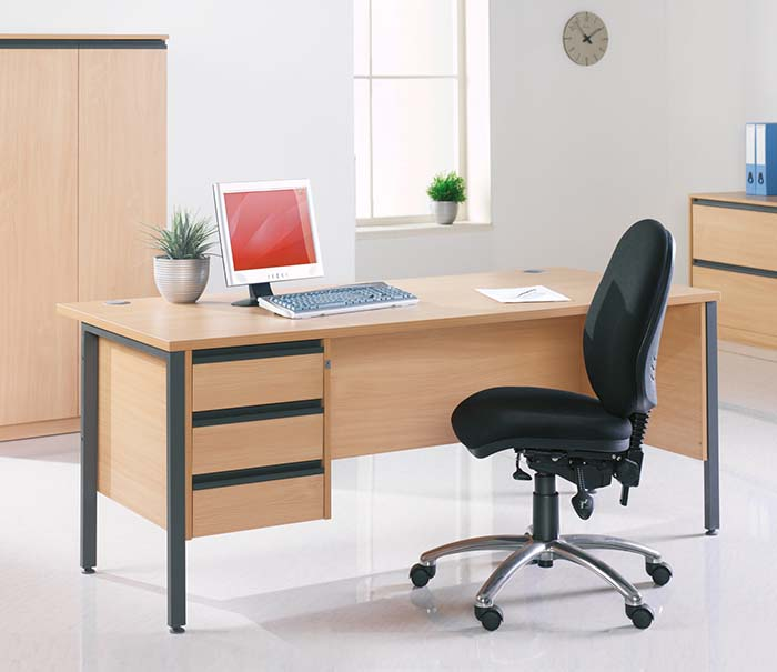 office furniture maestro desk 3
