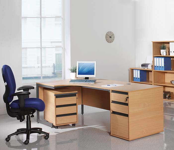 office furniture maestro desk 8